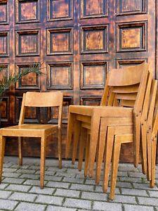 1/44 Stapelstuhl Cafe Bar Seminarraum Vollholz Restaurant massivholz