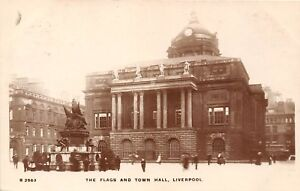 POSTCARD    LIVERPOOL    The  Flags  and  Town  Hall  RP