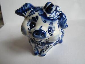 Pig figurine porcelain Russian Gzhel souvenir hand painted new 1
