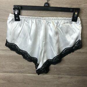 Shein Womens Small White Lace Trim Satin Pajama Bottom NWOT