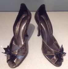 Claudina Pewter Heels With Diamonte Bows