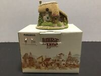 "Lilliput Lane ""Puddlebrook"" Cottage - Collectors Club Membership 1991/92 England"