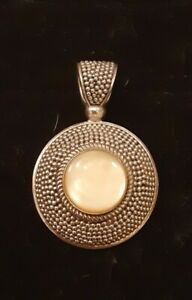 Suarti Sterling Silver 925  and Mother of Pearl Beaded Pendant BA