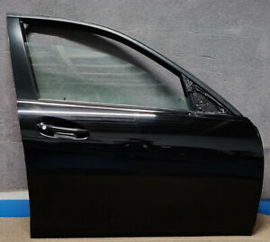 MERCEDES C CLASS W204 DRIVER SIDE RIGHT COMPLETE FRONT DOOR IN BLACK 040