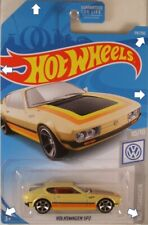 HOT WHEELS #2019-119 Volkswagen (VW) SP2 on US long card (IMPERFECT PKG)
