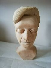Wood. Carved Bust