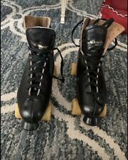 Men's Roller Skates & Bag, Dominion Canada.  I think they are a size 10.