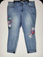 Vintage Blues America Womens 18W/34 Denim Blue Jeans Boho Capri Floral Print