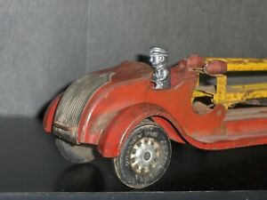 """1920's US Made Kingsbury #170 24"""" Aerial Fire Truck W/ Automatic Ladder, Driver"""