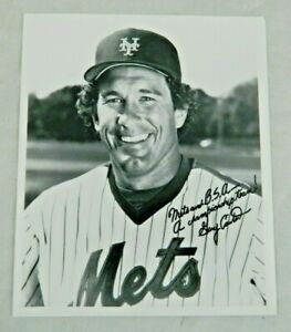 Vintage NY Mets Baseball Gary Carter # 8 Autographed Black White Photograph BSA