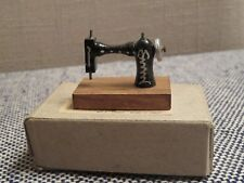 Vintage  Shackmans Doll House Miniature Sewing Machine