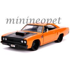 JADA 31325 BIGTIME MUSCLE 1970 PLYMOUTH ROAD RUNNER 1/24 with BLACK HOOD ORANGE
