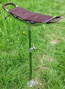 BROWN STRONG LEATHER SHOOTING STICK RACING FOLDING SEAT SHOWS CHAIR STOOL