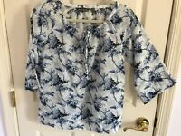 Woman's Tommy Bahama size XXS blue multicolored silk/cotton blend boho top