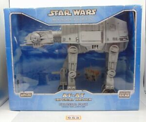 Star Wars Miniatures AT-AT Imperial Walker Colossal Pack 953-313