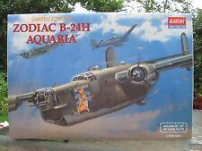 ACADEMY 1/72 ZODIAC B-24H LIBERATOR AQUARIA w/POSTER   #2163