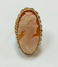 Lady's Cameo 10K Yellow Gold Ring