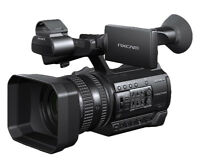 Sony HXR-NX100 Full HD NXCAM Camcorder 8GB Package