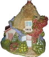 Lilliput Lane CIRCLE of LOVE Cottage 1618 miniature handmade in ENGLAND