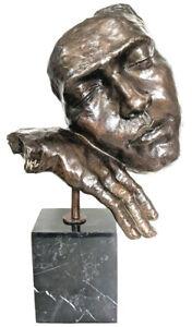 """Bronze Büste """"der Schlafende"""", eine Hommage an Dali, Nachguss mit Signatur Milo"""