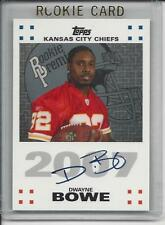 DWAYNE BOWE 2007 TOPPS ROOKIE PREMIERE PHOTO SHOOT ON CARD AUTO RC w/ HOLOGRAM