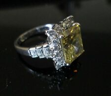 Vintage STERLING SILVER Ring*YELLOW w CLEAR facetted RECTANGLE*sz 6        *7259