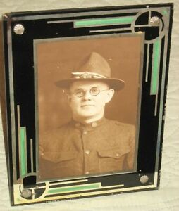 Vtg WWI U S SOLDIER  PHOTO  in Art Deco Reverse Painted Glass Picture Frame