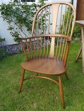 Ercol Chairmakers Chair Model 911 Mid Golden Dawn Finish Seat & Cushion C. 2000
