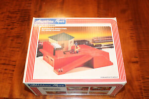 American Flyer 4-2300 S Gauge Automatic Operating Oil Drum Loader NO RESERVE