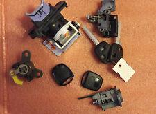 89073-05021 SET COMPLETO NOTTOLINI E CHIAVE TOYOTA AVENSIS - LOCK KEY  SET