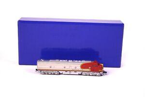 American Z Line ATSF E8A  AZL 1835 #86 Diesellokomotive Messing Limitiert Spur Z