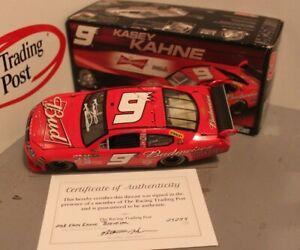 2008 Kasey Kahne Budweiser 1/24 Action NASCAR Diecast Autographed