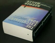 THE EXECUTIONER'S SONG by Norman Mailer  [Paperback]  ^ NEW ^