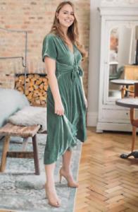 ZARA green velvet party  tie front midi dress