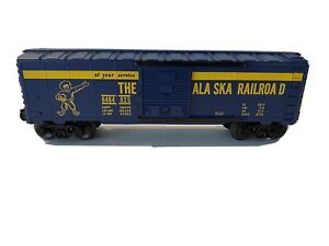 LIONEL TRAINS -6464-825 ALASKA RAILROAD BOX CAR- O-GAUGE, DISPLAY PIECE, LOOK!!