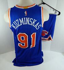 2016-17 New York Knicks Mindaugas Kuzminskas #91 Game Used Blue Nueva Jersey & S