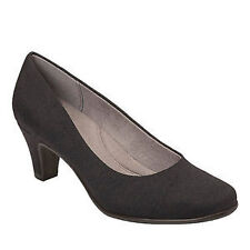 Women's Pumps and Classics Cuban Heels