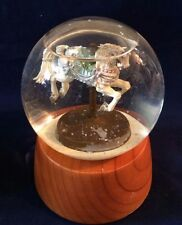 VINTAGE CAROUSEL HORSE SNOW GLOBE DOME MUSIC BOX WITH WOODEN BASE