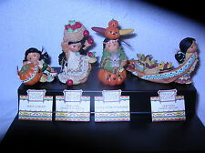 Four Harvest figurines 1995 B/N/I/B'S Rare