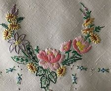 GORGEOUS VINTAGE LINEN HAND EMBROIDERED TABLECLOTH~BEAUTIFUL FLORALS