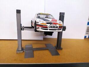 1:32 / 1:24 2 Säulen-Hebebühne Diorama Slotcar Werkstatt Modellbau