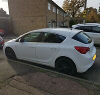 Vauxhall Astra J 1.6L Limited edition 2014 - New MOT and Full Service