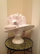 WOMEN LADY  BEAUTIFUL WHITE LOOPS AND CLEAR RHINESTONES CHURCH WEDDING HAT