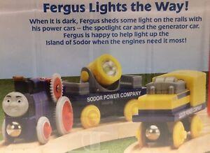 Thomas Wooden Railway RETIRED Fergus & Sodor Power Cars LIGHTS Train Set NIP Toy