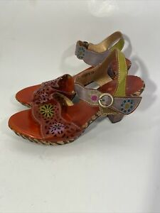 ❤️L'ARTISTE Spring Step Size 39 Sharyn Floral Leather Sandal New