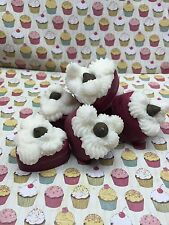 Red Velvet Valentines Mini Cupcakes Wax Melts. Dessert candles that looks Yummy