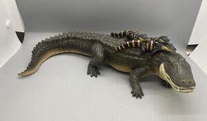 "Alligator With Babies Safari Toys Figure 11"" Toy 2004"