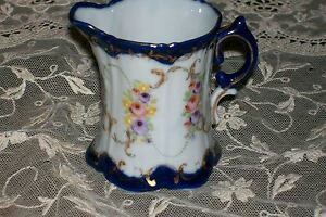 LOVELY ANTIQUE PORCELAIN CREAMER, VICTORIAN COBALT & FLORAL, NO MARKS