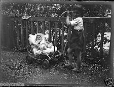 Ancien négatif photo verre plaque portrait famille enfants landau Toulon