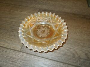 Dugan Ski Star Marigold Opalescent Carnival Glass Plate Mint